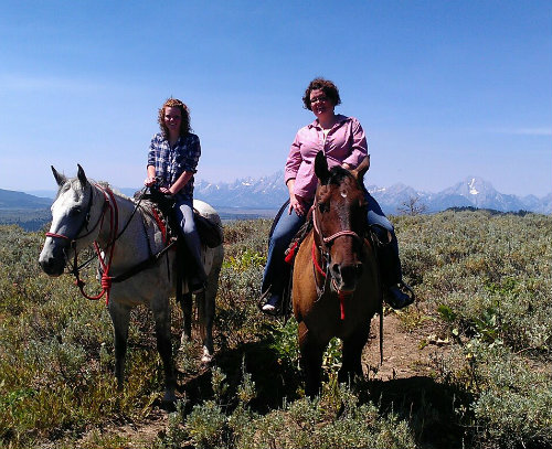 Family Road Trip – Yellowstone and Grand Tetons National Parks