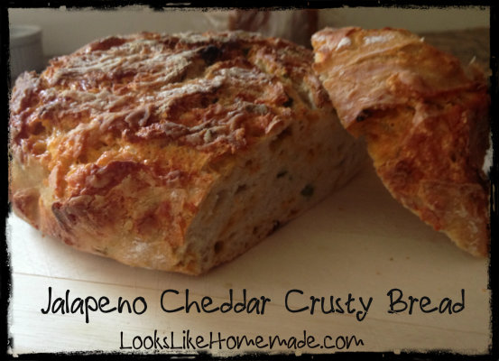 Jalapeno Cheddar Crusty Bread - LooksLikeHomemade.com